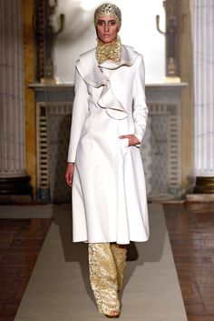 Luisa Beccaria - Fall 2011 Ready-to-Wear - Look 29 of 48