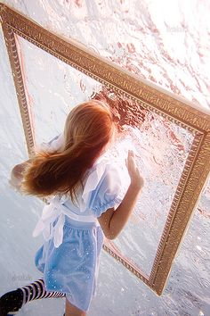 Alice's Wonderland Ch.1 Down The Rabbit Hole| Serafini Amelia|