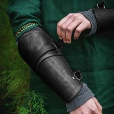 Leather Bracers, Leather Buckle, Leather Gloves, Leather Gauntlet, Medieval Costume, Arm Armor, Colorful Fashion, Black And Brown, Cosplay
