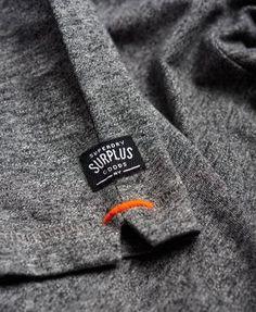 Superdry - T-shirt à poche Surplus Goods - T-shirts pour Homme t-shirt nfl Mode Choc, T Shirt Label, T Shirt Men, Label Tag, Boyfriend Shirt, Mens Tee Shirts, Tee Shirt Homme, Mode Streetwear, Camisa Polo