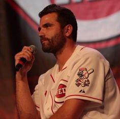 Cincinnati Reds Joey Votto, with a beard