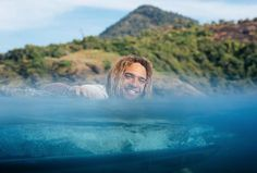 Roderick Pijls, professional kitesurfer, dreams of travelling to Alaska and of snowboarding in Patagonia. Get to know this kitesurfing world traveller. In Patagonia, Alaska Travel, My Happy Place, Snowboarding, Athlete, Thats Not My, Ocean, Kitesurfing, Adventure