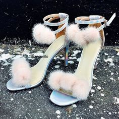 Stylish Fur Pompom Decoration Strappy Stiletto Heels Dress Sandals Women Cute Fur Balls Buckle Sandals Girls Dress Shoes HeoSell