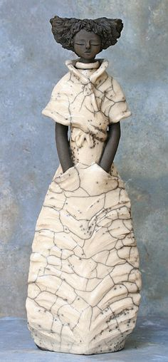 IMG 0873 – Hobbies paining body for kids and adult Ceramic Figures, Clay Figures, Ceramic Art, Sculptures Céramiques, Sculpture Art, Sculpture Ideas, Ceramic Sculptures, Raku Pottery, Pottery Art