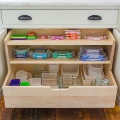 Photos of Hyper-Organized Kitchens That'll Make You Swoon Cool pull out storage drawer idea. Image: Main Street at Botello'sCool pull out storage drawer idea. Image: Main Street at Botello's Diy Kitchen Storage, Kitchen Cabinet Organization, Kitchen Drawers, Home Decor Kitchen, Interior Design Kitchen, Kitchen And Bath, Home Organization, Home Kitchens, Kitchen Ideas