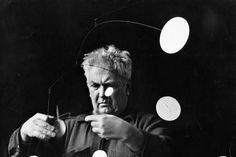 Alexander Calder Comes to Life at Londons Tate Modern