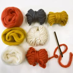 Loom Weaving, Hand Weaving, Circular Loom, Yarn Needle, Wool Yarn, Diy Kits, Fiber Art, Knit Crochet, Product Launch
