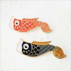 Color : Red, blue Size : One size . 4cm length Material : alloy gold