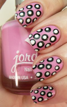 These bubblegum pink, white and black nails are fun and cute!