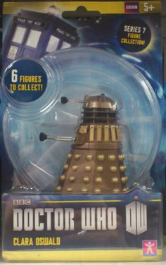 Action figure of Clara Oswald from Doctor Who as she first appears in Asylum of the Daleks… or just someone not paying attention in the fact...