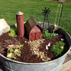 Amazing DIY Mini Fairy Garden for Miniature Landscaping 47 - Rockindeco
