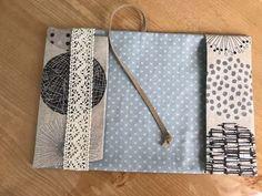 おしゃれ手作りブックカバーの作り方-文庫本サイズ | ココポップハンドメイド Pouch Pattern, Diy And Crafts, Things To Do, Sewing Patterns, Notebook, Embroidery, Cover, Books, How To Make