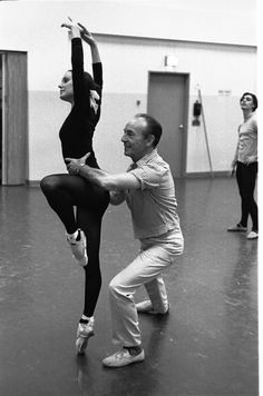 """New York City Ballet rehearsal of """"Glinkaiana"""" with George Balanchine and Patricia McBride, choreography by George Balanchine (New York) IMAGE ID: SWOPE_1211175"""