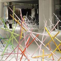 Sticks by Emmanuelle Moureaux for Issey Miyake - Dezeen Issey Miyake, Window Display Design, Shop Window Displays, Fashion Installation, Installation Art, Tokyo, Dezeen, Commercial Interiors, Retail Design