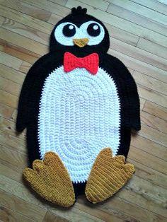 Made by jojoroseanne from IraRott Pattern Crochet Penguin, Crochet Baby, Kind, Doilies, Penguins, Tatting, Crocheting, Finding Yourself, Carpet