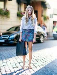 Loving a floral on floral look for summer. #streetstyle