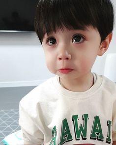 Cute Kids Pics, Cute Baby Girl Pictures, Cute Baby Boy, Cute Little Baby, Little Babies, Cute Asian Babies, Korean Babies, Asian Kids, Cute Chinese Baby