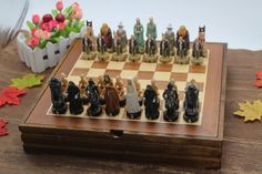 Cheap chess set, Buy Quality chess set board directly from China cartoon chess Suppliers: Nice Chess Set Board Game Resin Child Game The Lord of the Rings Series Mold Classic International Chess Set Cartoon Chess Set Radagast The Brown, The Ring Series, Wooden Chess Board, Unique Gifts, Best Gifts, An Unexpected Journey, Bilbo Baggins, Chess Pieces, Color Box