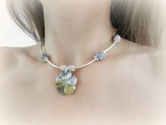 Stone flower pendant necklace gemstone choker by MalinaCapricciosa
