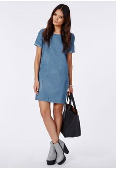 Dive into denim this season with this dainty lightwash shift dress. With a cute rounded neckline, exposed zip to reverse and thin roll sleeve detail this dress is super lust-worthy. Team with ankle boots and lots of layers for effortless st...