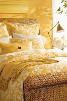love all the yummy yellow bedding