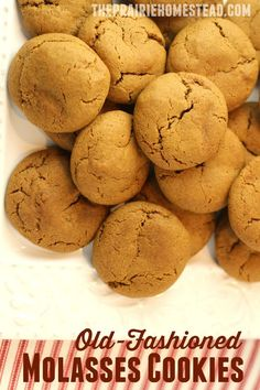 Old-fashioned molasses cookies recipe -- these are my go-to cookie when I need to make a quick batch of something to take to an event or gathering! Chewy, soft, and just the right amount of spice.