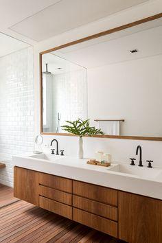 farmhouse home decor Kitchen Sink Design, Interior Design Kitchen, Bathroom Renos, Bathroom Renovations, Rustic Bathrooms, Modern Bathroom, Toilette Design, Washbasin Design, Restroom Design