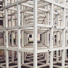 Welcome to my mind #casual #berlin #kreuzberg #visualsgang #urbex #geometric #cube #urbanlandscape #wednesday