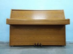 For Sale Samick Piano For More Information Please Visit http://usedfurnitures.in/product/samick-piano-2043 or www.usedfurnitures.in or Call: 8826755599