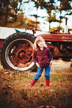 I love this idea for a photo of a little girl. (Anna Pociask Photography)