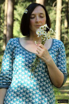 Fabric design by BORA: Swan lake --   Deborah van de Leijgraaf  --  #fabric #lillestoff #organic #cotton #sewing #jaquard #fabricdesign #fashion