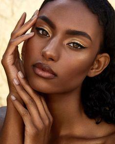 Models etc. — Sydney J. Black Girl Makeup, Girls Makeup, Black Makeup Looks, Beauty Skin, Beauty Makeup, Hair Makeup, Foto Portrait, Woman Portrait, Sew In Hairstyles