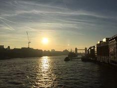 Its 7am in a London Town... its going to be a hotttt day! #london #londontown #heateave #hotterthanla #summer #skipspring #goodmorning #lovelondon #timeoutlondom