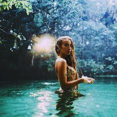 Pinterest/Instagram: @amandaauler // sacred feminine / sagrado feminino / female portrait / portraits / photography / fotografia / retratos femininos / retrato / mulher / woman / pagan / witchcraft / pagão / Wicca / bruxaria / moon / lua / deusa / goddess