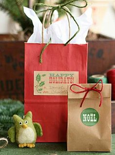 Simple DIY Christmas Gift Ideas - Rustic Kraft Paper Wrapping - Click pic for 25 Handmade Christmas Gift Ideas