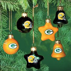 definitely going to have to pick up some of these next weekend! {Packers Pro Shop}