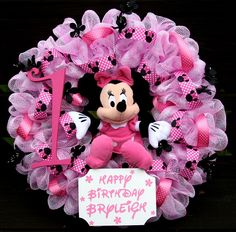 Minnie Mouse Birthday Deco Mesh Wreath for my Granddaughter! Mickey Mouse Wreath, Mickey Mouse Crafts, Disney Wreath, Mesh Ribbon Wreaths, Deco Mesh Wreaths, Baby Wreaths, Minnie Mouse Baby Shower, Minnie Mouse Party, Minnie Birthday