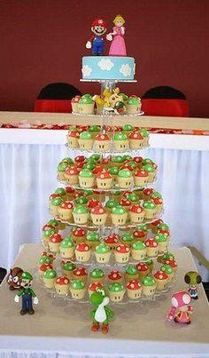 Super Mario Bros & Mushrrom Wedding Cupcake Tower by Cupcake Central… Bolo Super Mario, Super Mario Birthday, Mario Birthday Party, Super Mario Party, Birthday Parties, Super Mario Cupcakes, Nerd Cupcakes, Cookies Cupcake, Cupcake Cakes