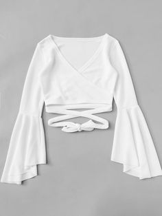 Shop Bell Sleeve Self-Tie Crop Top at ROMWE, discover more fashion styles online. Crop Top Outfits, Cute Casual Outfits, Pretty Outfits, Stylish Outfits, Cropped Tops, Cute Crop Tops, Tie Crop Top, Crop Blouse, Crop Tank