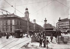 Puerta del Sol, principios del siglo XX.