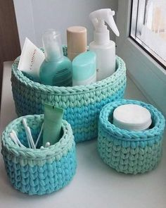 The most beautiful Crochet basket and straw models Crochet Basket Pattern, Knit Basket, Crochet Baskets, Crochet Home, Crochet Yarn, Crochet Motifs, Crochet Patterns, Tshirt Garn, Crochet Storage