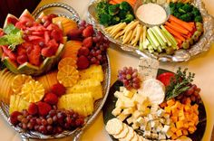 Pretty veggie and fruit platters for entertaining, and eating!