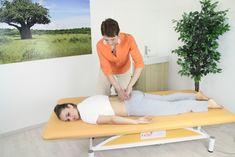 Cviky na odstranění bolestí v dolní bederní páteři a kříži Spiral, Toddler Bed, Exercise, Gym, Chiropractic, Nice Asses, Child Bed, Ejercicio, Excercise