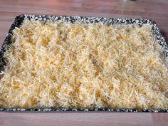 Rakott csirkemell recept lépés 7 foto Bacon, Grains, Bread, Food, Brot, Essen, Baking, Meals, Breads
