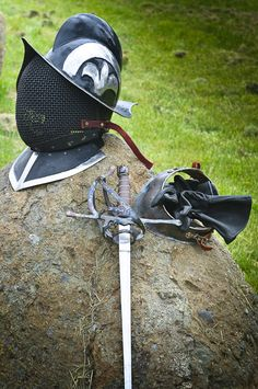LOVE this helm for rapier. No live steel for me though!