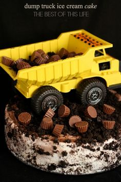 Bowl cake with blackberries and faisselle - HQ Recipes Dump Truck Party, Dump Truck Cakes, Truck Birthday Cakes, Birthday Party Treats, Wild One Birthday Party, Birthday Parties, Birthday Ideas, 3rd Birthday, Happy Birthday