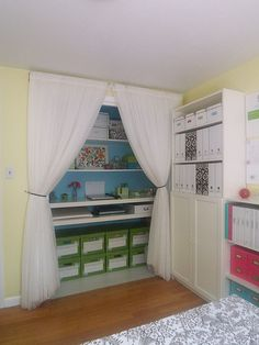 Eclectic Home Office Craft Room Design, Pictures, Remodel, Decor and Ideas - page 2 Sewing Room Design, Craft Room Design, Craft Space, Craft Rooms, Sewing Nook, Playroom Design, Kids Rooms, Home Office Closet, Office Nook