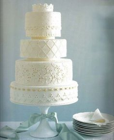 Wedding Cake; like the different patterns