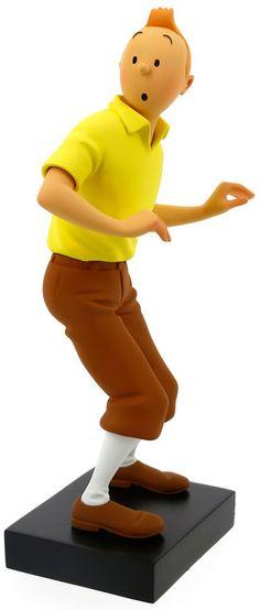 Cette sculpture en résine, peinte à la main, s'inspire fidèlement des dessins d'Hergé. Elle a été créée et fabriquée en France par un atelier réputé. (L'image au dessus affiche la pièce en zoom - la statuette mesure 19,5 cm de haut.)