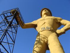 The iconic Golden Driller.